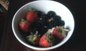 Homemade Muesli, Strawberries & Blackberries