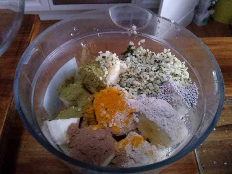 coconutwater-greensmoothie-blend