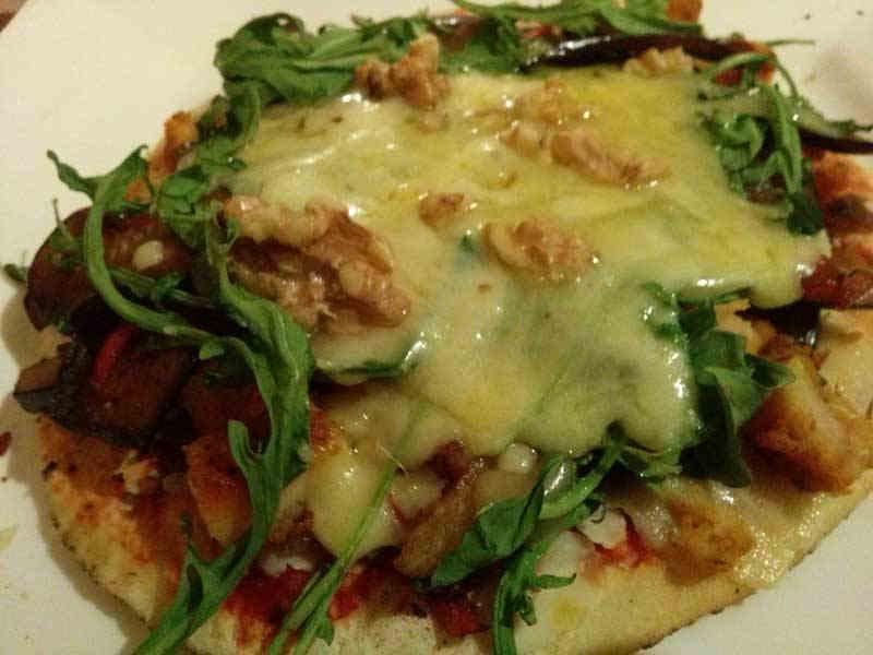 mini-homemade-pizza