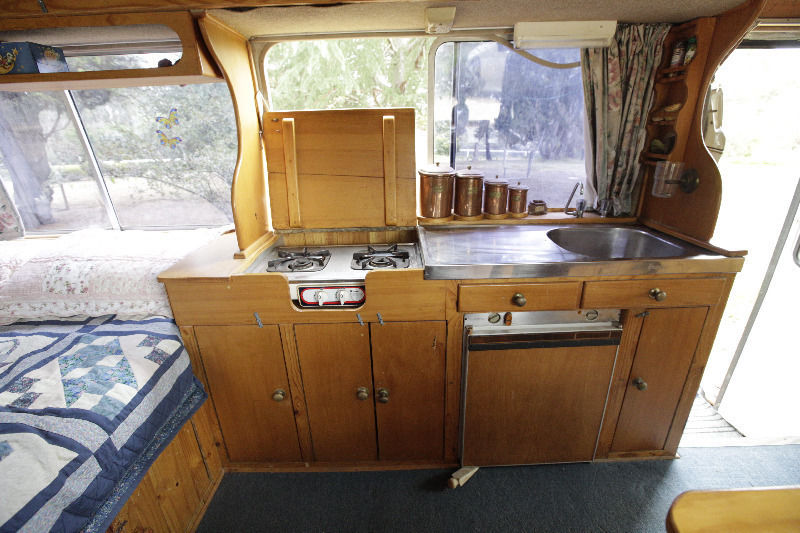 bed-stove-sink