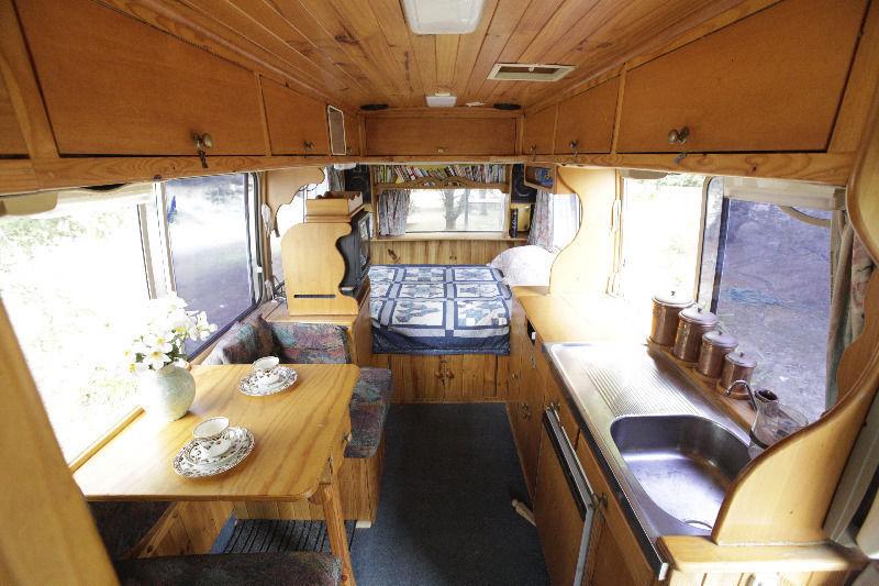 Portable Living – Mini House on Wheels