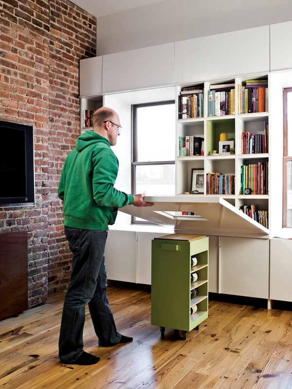 cupboard-door-come-table-desk-and-portable-mini-storage