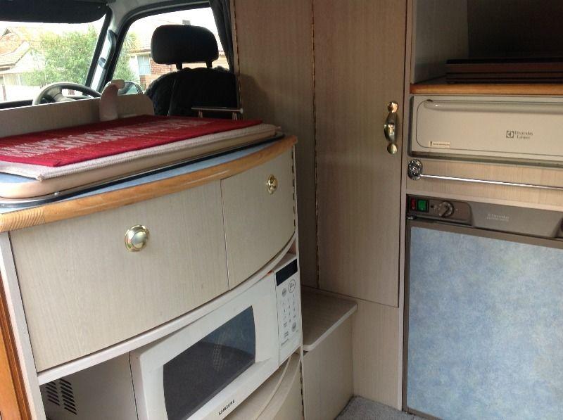 kitchen-table-storage