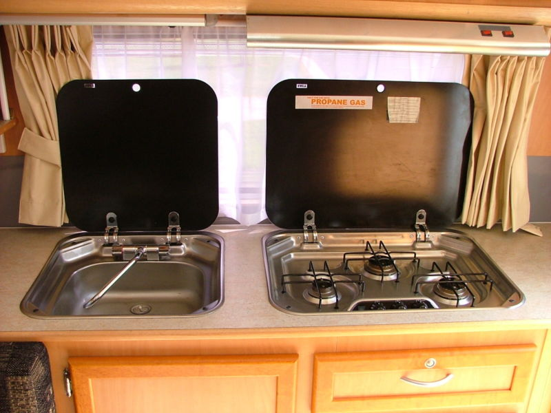 lids-for-sink-stove-to-get-benchspace