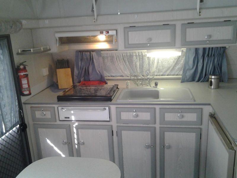 storage-kitchen-sink-stove